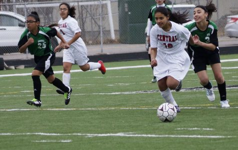 Kate Arambula Scores First Goal in 4-1 Win Over Rosedale
