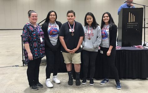 8th Grade Team Wins 3rd in i-Build Competition