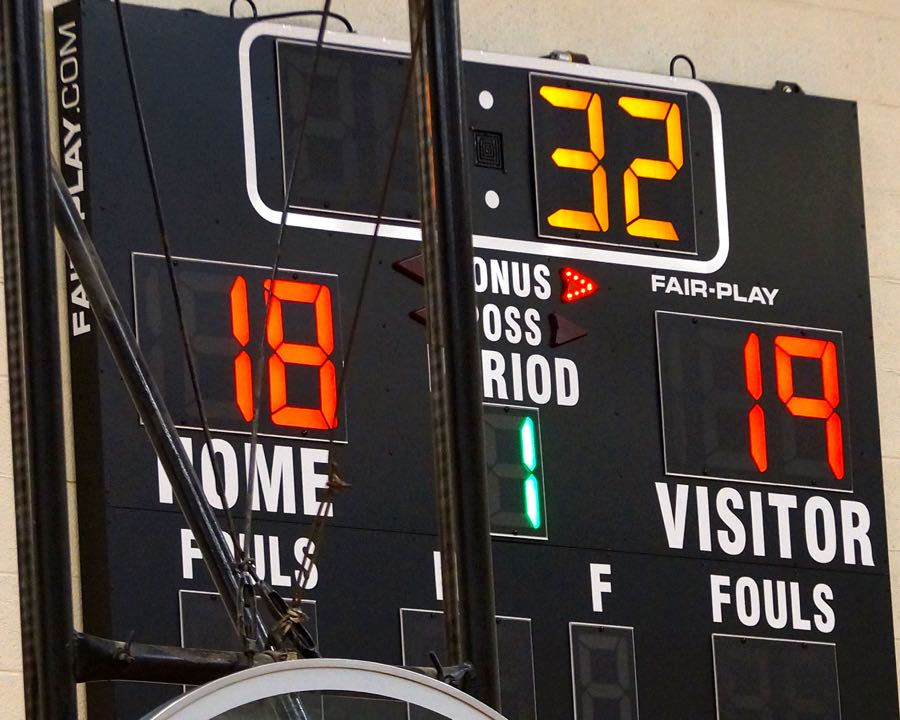 A+Very+Close%2C+Challenging+Students+vs.+Staff+Basketball+Game